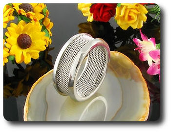 Charismatic Fashion Designer Pattern Massive Men Ring