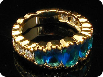 7~5mmx5 Royal Blue Sapphire Oval Gold Ring