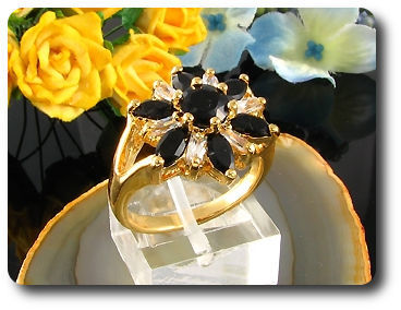 7 x 6mm Black Sapphires Round Cut Gold Ring