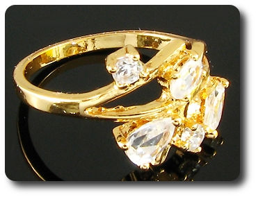 5 x 3~5mm White Simulated Diamonds Pear Cut Gold Ring