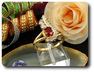 6mm Red Ruby Oval Cut Gold Ring
