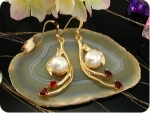 2x10mm White Fresh Water Pearl Ruby Gold Earrings
