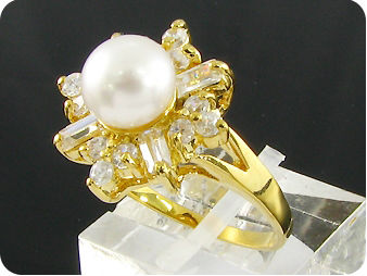 8mm White Cultured Pearl White Topaz Gold Ring