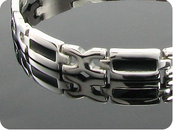 Entrancing Cross Carving Heavy Metal Men Bracelet
