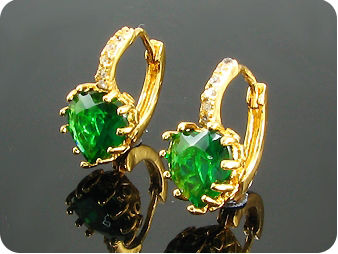 2 x 9mm Green Emeralds Earrings