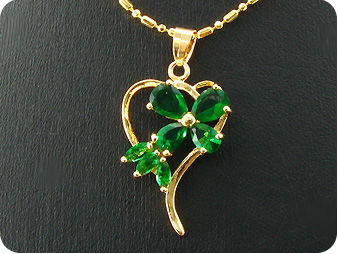 5~8mm Green Emerald Heart Gold Pendant Earrings Set