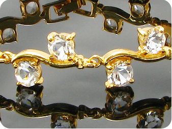 20x5mm White Simulated Diamond Round Gold Bracelet