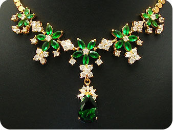 26x6-18mm Green Emerald Necklace