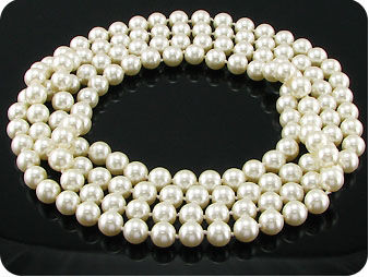 140x9 mm White Pearl Necklace