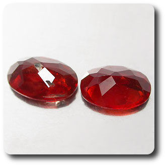 0.83 cts LOT DE 2 LABRADORITE FELDSPAR ROUGE .VS , SI2