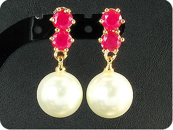White Pearl 6x5mm Red Ruby Gold Pendant Earrings Set