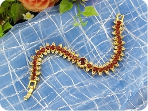 29x4~8mm Red Ruby Bracelet