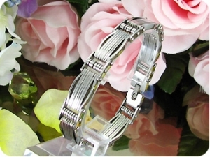 Modish Spring Pattern Silver Polish Steel Men Bracelet