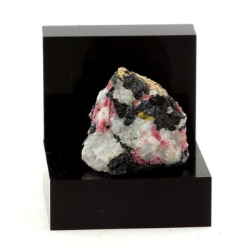 Eudialyte. 29.70 ct.
