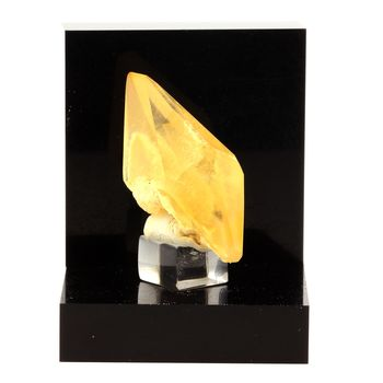 Calcite. 42.2 ct.