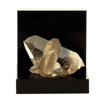 Quartz fumé. 170.8 ct.