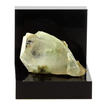 Quartz + Epidote. 78.0 ct.