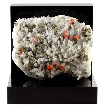 Realgar, Quartz, Pyrite. 2325.5 ct.
