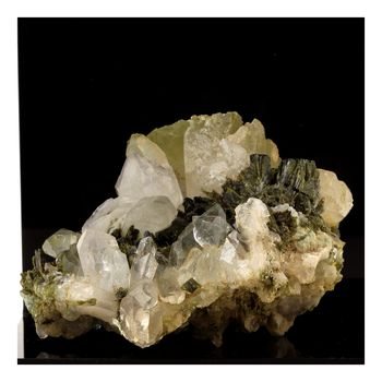 Quartz + Epidote. 885.0 ct.