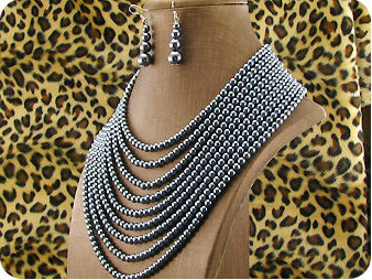 1070x12~6mm Black Pearl Necklace Earrings Set
