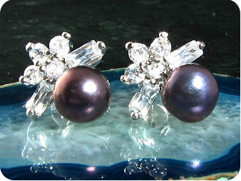2x7mm Black Fresh Water Pearl Round Cut Earrings