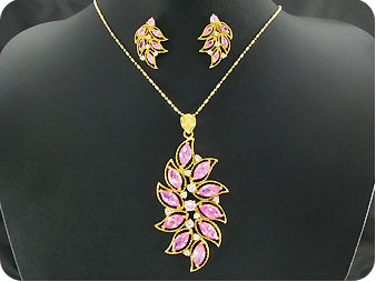 23x12 4~2mm Pink Sapphire Gold Pendant Earrings Set