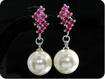 2x12mm White Fresh Water Huge Pearl Red Ruby Earrings