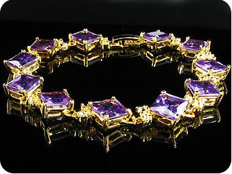 11 x 10mm Purple Amethysts Topaz Gold Bracelet