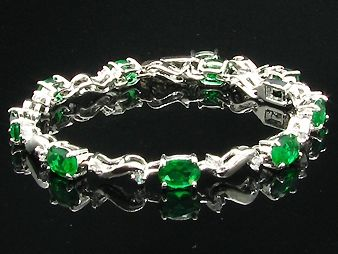 10 x 8mm Green Emeralds Oval Cut Bracelet