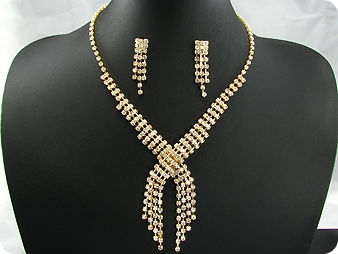 130x3mm Simulated Diamonds Necklace Earrings Set