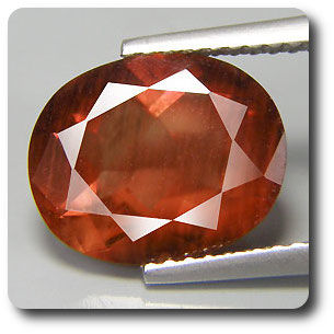 3.49 cts  ANDESINE ROUGE . VS