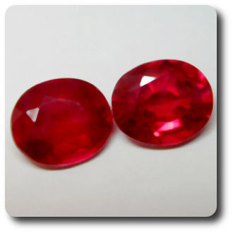 2.9 cts LOT DE 2 RUBIS ROUGE SANG .VS