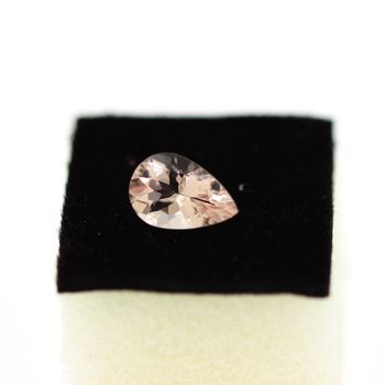 1.05 cts  MORGANITE ROSE. VVS