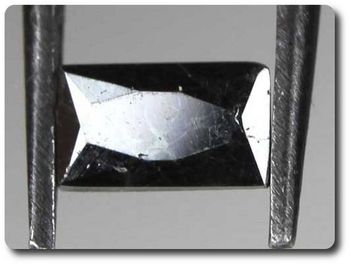 0.35 cts  MAGNETITE