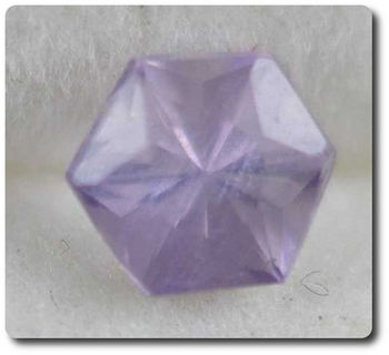 0.30 cts  SCAPOLITE VIOLET . IF