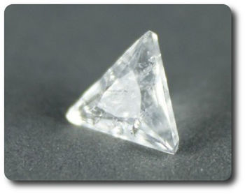 0.14 cts  ANALCIME . VS