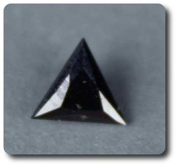 0.22 cts  MAGNETITE