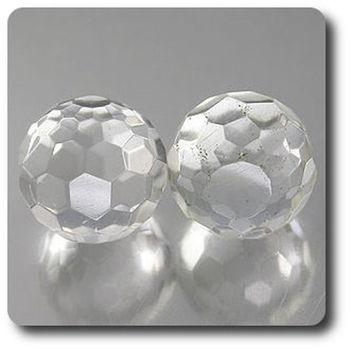 21.81CT. 2 pcs. NATURAL WHITE QUARTZ