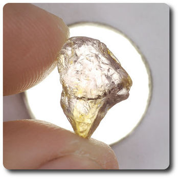 5.18 cts SAPPHIRE CRYSTAL