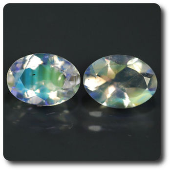 1.17 CT. 2 pcs. NATURAL MOONSTONE