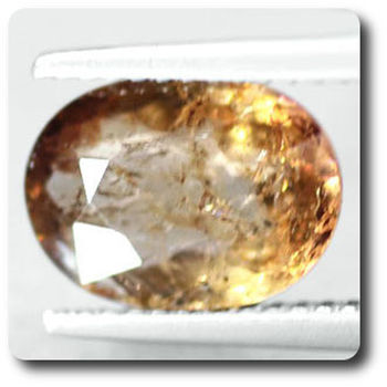 3.23 CT. COLOR CHANGE AXINITE (Fe) . SI1