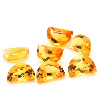 0.45 CT. YELLOW CITRINE. 6x4 MM. VVS1-VS2 ( 1 piece )