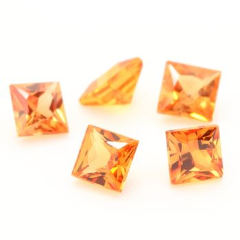 0.12 CT.  ORANGE SAPPHIRE . 2,6 MM. IF - VVS1 ( 1 piece )