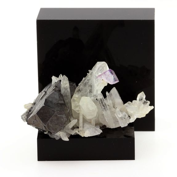 Wolframite Quartz and Fluorite.