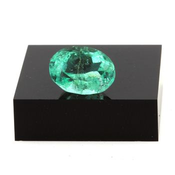 Emerald. 7.25 cts .