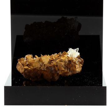Quartz, Siderite. 528.1 ct.
