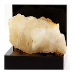 Calcite. 1620.4 ct.