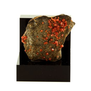 Vanadinite. 49.9 ct.