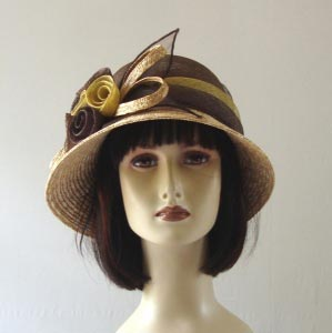 Little straw hat - 2 colours : straw and chocolate