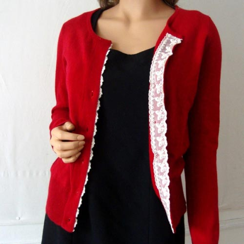 Red 100 % cashmere sweater